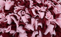 Schnüffelteppich 70 x 40 cm - Rosa/Bordeaux